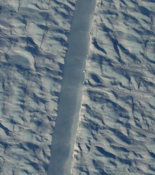 Petterman Glacier Crack